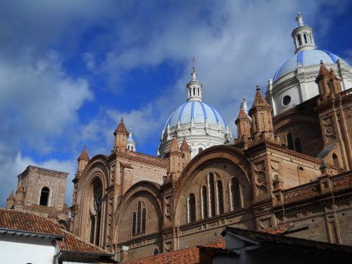 10 Best Nature Attractions in One Tour: Concepción Inmaculada Church, Old Town Cuenca.